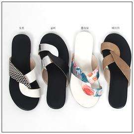 韓國妹~emz10121~韓國連線MAZIA 正品. 高雅皮夾腳拖鞋. 4色230~250
