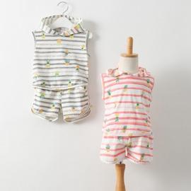 I BABY 開春 外貿 女童 鳳梨 條紋 連帽休閒背心 短褲 兩件套 套裝~QU0503