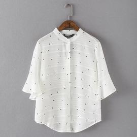 韓妞Han~niu 韓KOREA 簡約休閒點點圖樣 排釦短袖V領雪紡襯衫