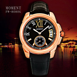 MOMENT FW~8080G 羅馬都會紳士小秒針皮革皮革石英錶 ~ 黑面