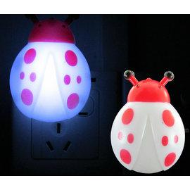 小甲蟲小夜燈 節能插電 LED床頭燈 寶寶餵奶燈 壁燈起夜燈  帶開關 [BLD-00001]