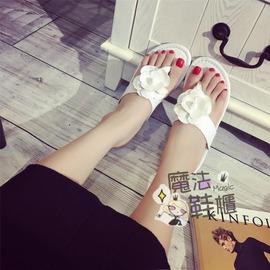 魔法鞋櫃 甜美花朵人字拖女夏平底防滑軟底休閒夾腳涼拖鞋
