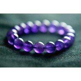 □~Disk的天然水晶~□~開智慧、招好人緣~ 天然巴西紫水晶手珠^(10mm^)Y~45
