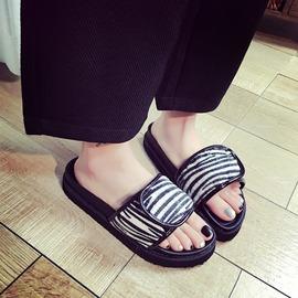 夏天季羅馬涼鞋一字拖女式黑色厚底百搭沙灘鞋學生防滑潮 平底
