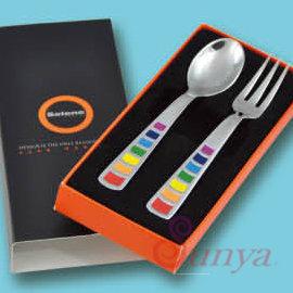 CQ系列~TJ2~2580 Selene二件彩虹湯叉組^(湯匙 叉子 水果叉 吃飯用餐 環