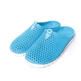 男女款式透氣洞洞防水休閒鞋x1雙