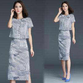 ~韓國KW~名媛系~KQ422~5 性感側開叉幾何線條裙套裝~藍