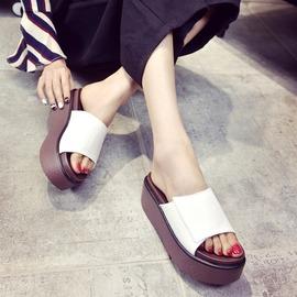 女款涼拖鞋 鬆糕厚底涼拖鞋高跟休閒涼鞋平底防水臺坡跟一字拖鞋女潮