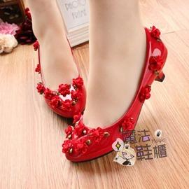 花紅色新娘鞋低跟婚宴敬酒鞋唯美拍照軟底鞋~型男部落~