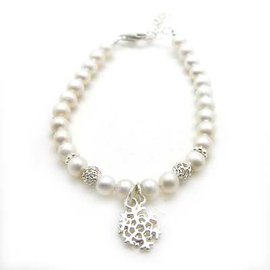 純銀雪花與天然珍珠圓珠手鍊