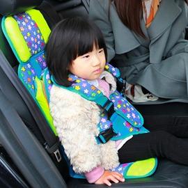 汽車用品超市簡易便攜式汽車用兒童安全帶夾子座椅車載寶寶背帶~浪漫衣櫥~igo