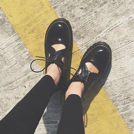春夏休閒鞋學生英倫娃娃鞋學院風復古單鞋鏤空女鞋星星小皮鞋
