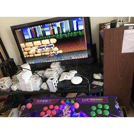 月光宝盒4 plus(内建645款游戏)HDMI VGA讯号输出 /大型电玩主机/街机 格斗用摇杆/铁箱外盒版