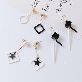 耳環 甜星飾品 簡約黑白色調幾何垂墜 耳環