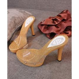 即止~舒適魚嘴高跟涼鞋防水臺金屬鉚釘透明涼鞋 女鞋沙灘涼鞋拖鞋特韓裔SZJH 浪漫衣櫥
