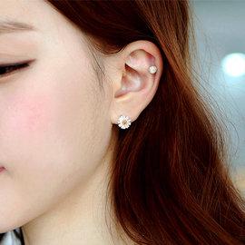 日韓簡約 S925 925 純銀 花 小雛菊 菊花 小花 耳針 抗過敏 耳針 耳環 耳釘