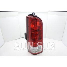 ●○RUN SUN 車燈 車材○●  FORD 福特 好幫手 PRZ 型 紅紅白 尾燈 E