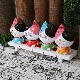 ZAKKA 峇里島風木雕鄉村木質彩色4隻小貓家族飾品 復古田園風條紋胖胖木椅貓擺飾 可愛動