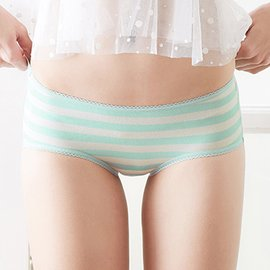 ~EASY SHOP~俏挺條紋 低腰平口褲^(象牙綠^)