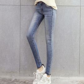 牛仔褲 刷白中高腰配色壓線鉛筆褲牛仔褲   【18-17-88865】ibella 艾貝拉