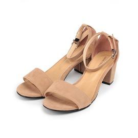 女  YOUNG COLOR 素雅絨布粗跟淑女涼鞋 卡其 女鞋 鞋全家福