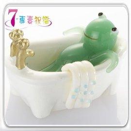 7~專賣祝福 #9829 青蛙泡澡小擺飾