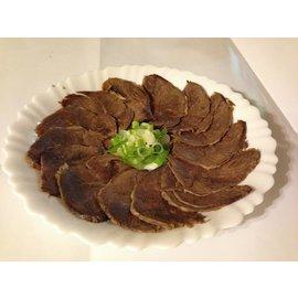 沈媽媽私房饗食--沈媽媽滷味滷牛腱600g(約2顆)