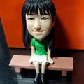 坐姿式公仔-雙人綠色上衣公仔娃娃【15公分】固定版