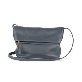 MARKBERG Cari 丹麥手工牛皮時尚反折肩揹包 斜背包/ 側揹包(海洋藍)